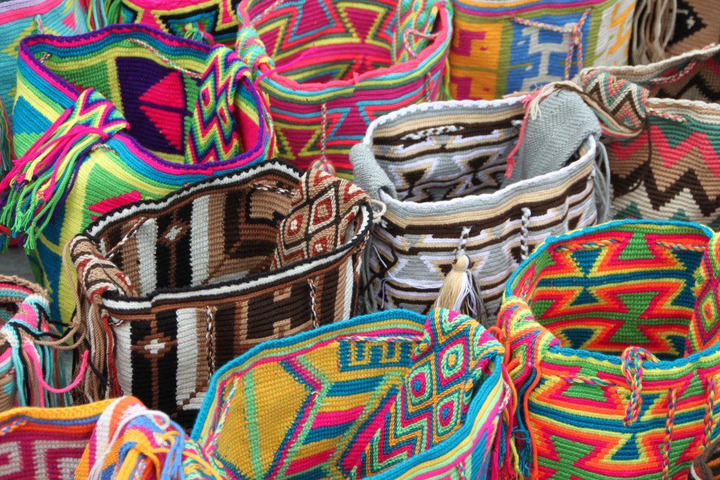 Farbenfrohe und Handgemachte Taschen. Ich liebe sie!