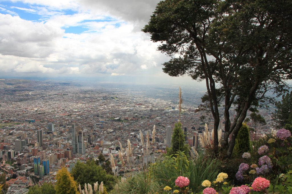 Traumhafte Aussicht auf Bogotá - direkt vom Berg Monserrate